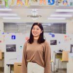 バイリンガル講師インタビュー|安永 真椎亜先生「英語を話せると見える世界とは」